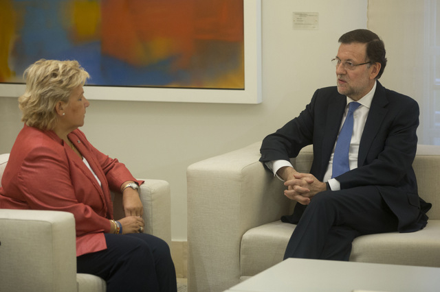 President Rajoy expresses solidarity with families of ETA victims