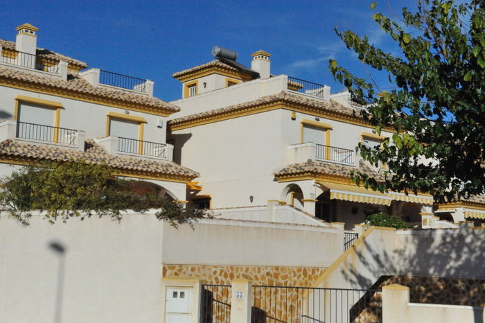 S&P expect Spanish property prices to keep falling
