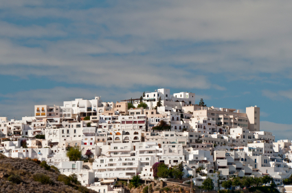 Spanish property sales still in decline