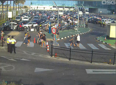 Spanish workers on Gibraltar prepare protests against border controls
