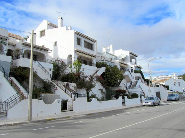 Spanish property prices falling at half the rate of a year ago