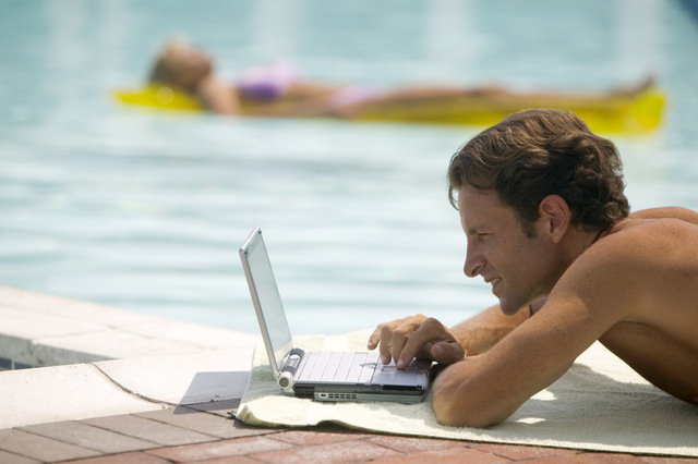 EU and Spanish government boosting hotel Wi-fi services
