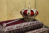 Spanish crown jewels to be exhibited in public
