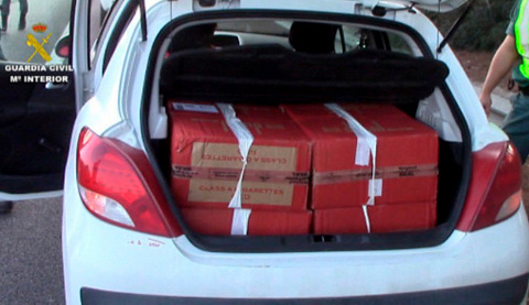 Contraband cigarettes seized at Cádiz spot check