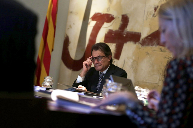 Spanish prosecutors will file charges against Mas over Catalan independence vote