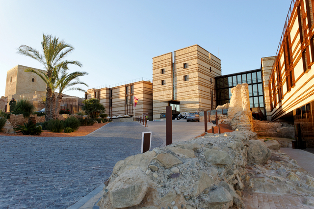 Parador hotels throughout Spain enjoyed a positive 2014