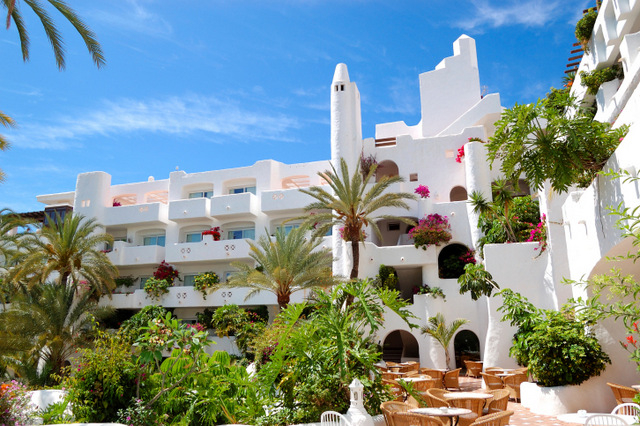 Complaints about non-regulation of private holiday rentals continue in Spain