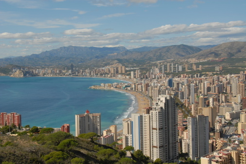 Spanish property sales increased by 2.2% during 2014