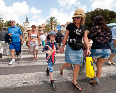 British lead increased spending by foreign visitors to Spain