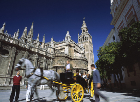Spending by British visitors to Spain up 15% in first quarter of 2015