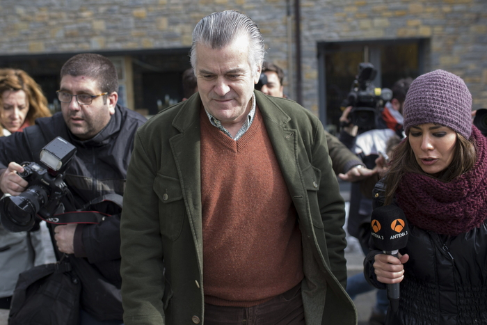 Court rules Bárcenas and PP faked a working relationship