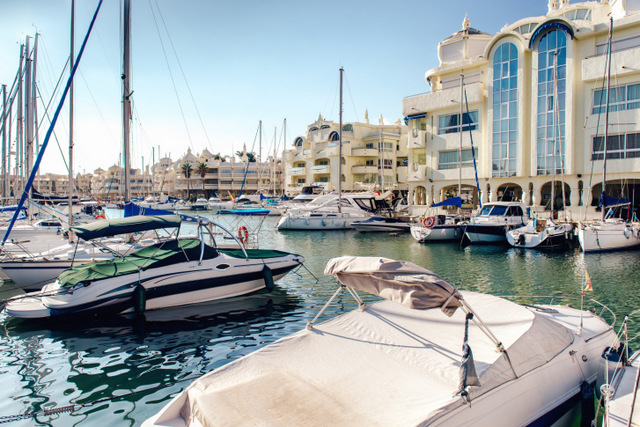 Foreign buyers boost Spanish property sales figures