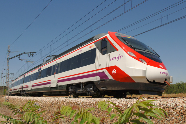 Speedier shuttle trains now in service between Barajas airport and the centre of Madrid