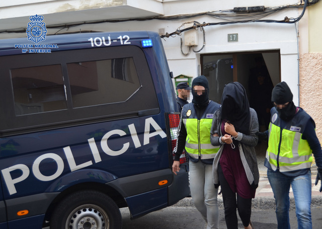 Two IS recruiters detained in Catalunya and the Canary Islands