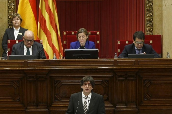 President of Catalunya hedges his bets on independence process