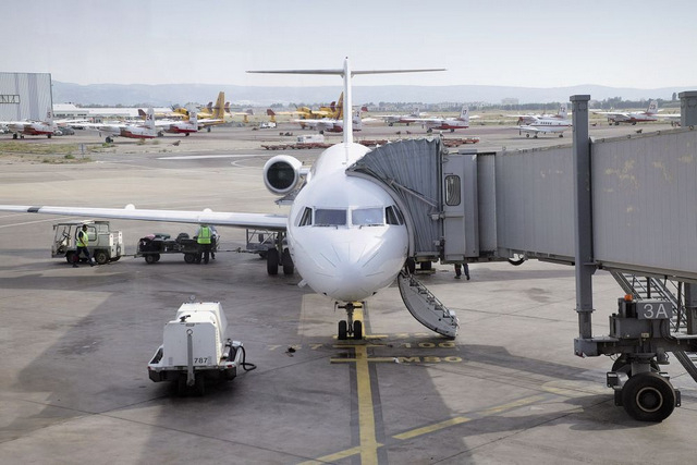 Low-cost air travel in Spain accounts for almost half of all international passengers