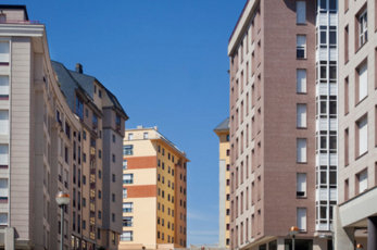 Spanish registrars report that property prices rose by 6.6 per cent in 2015