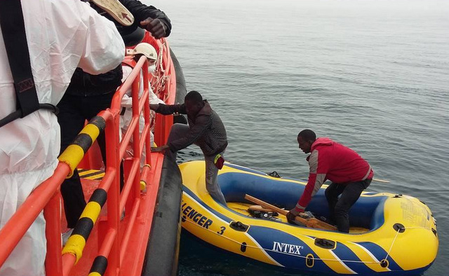 Nine immigrants rescued from the Strait of Gibraltar
