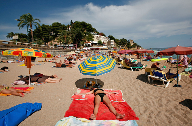 Spanish tourism industry set to grow by 3.8 per cent in 2016