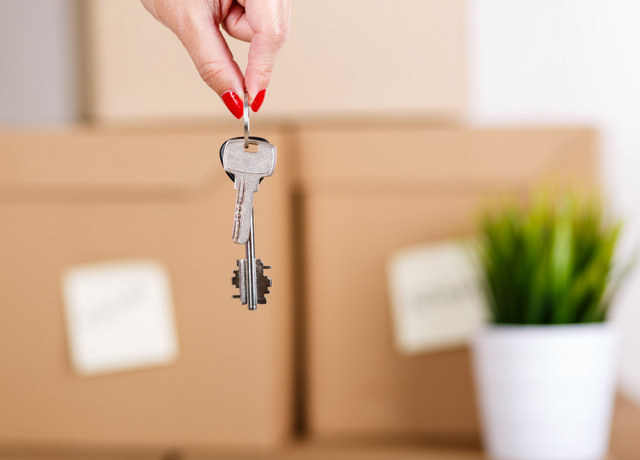 Notary data show increase in property sales to non-Spanish buyers