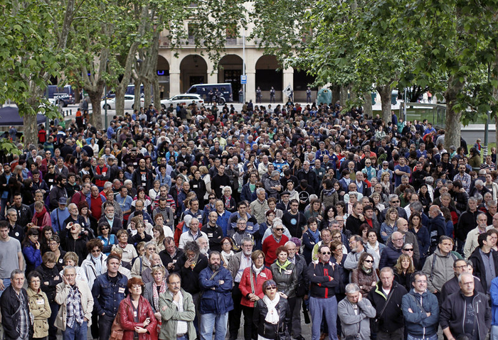 Basque marchers demand an end to the dispersion of ETA convicts