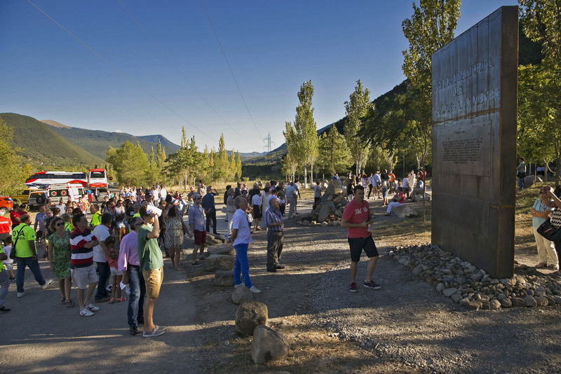 Huesca village commemorates the victims of tragic flash flood 20 years on