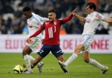 Southampton sign Boufal for club-record fee