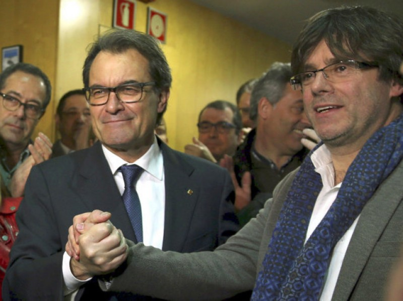Leading Catalan political party tries again to adopt a new name