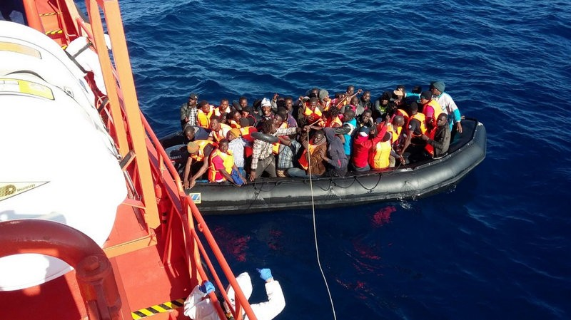 Baby among 54 immigrants rescued on their way to Granada