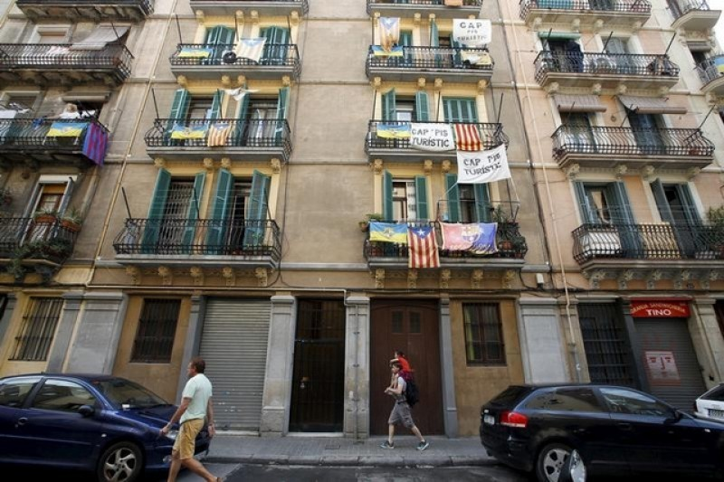 Barcelona singled out in complaint to EU over holiday rental restrictions