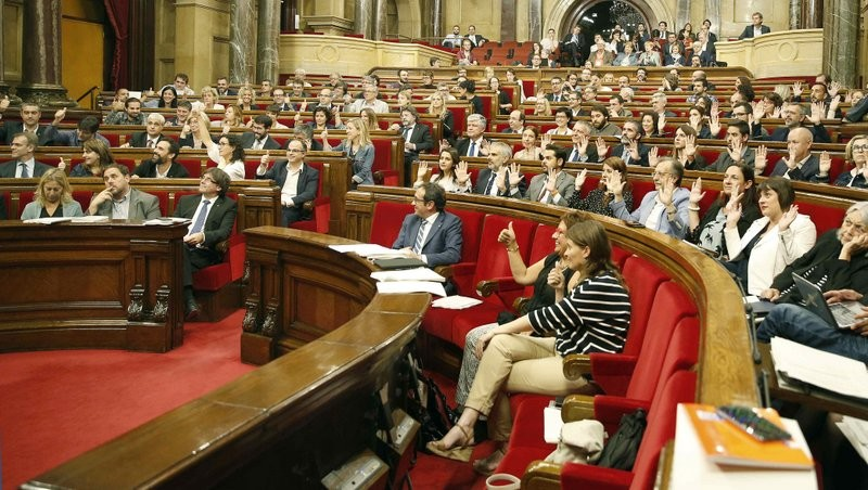 Anti-separatists refuse to take part in Catalan parliamentary vote