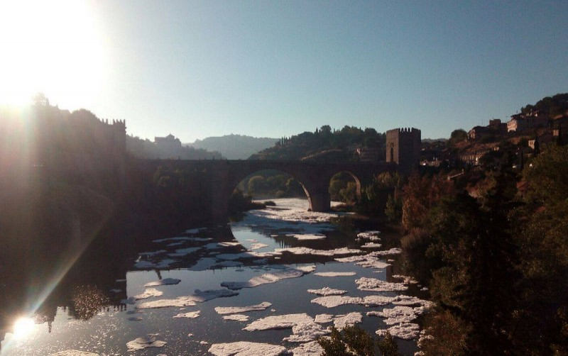 Castilla-La Mancha authorities investigate river pollution in Toledo