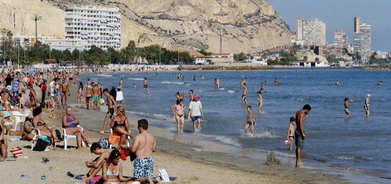 Over a quarter of all visitors to Spain in September were from the UK