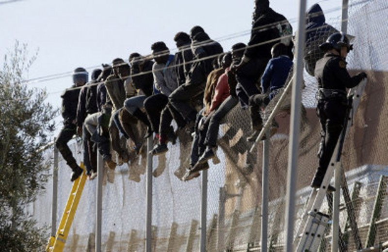 Illegal immigrants moved from Ceuta to mainland Spain
