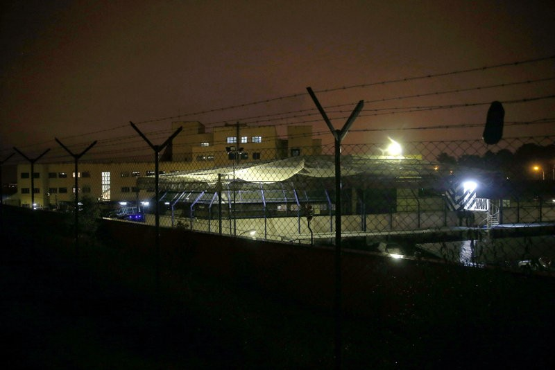 13 more illegal immigrants break out of Madrid internment centre
