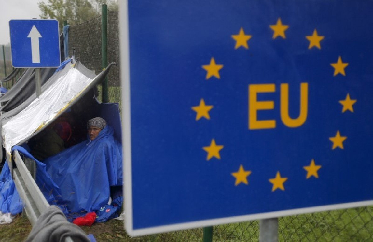 UN refugee chief warns EU against carrot-and-stick approach to migration