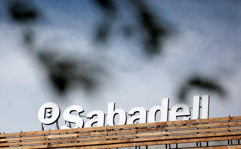 Banco Sabadell plans to close more branches to reduce costs