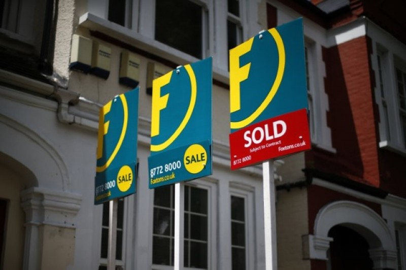 British house price increases accelerated in December