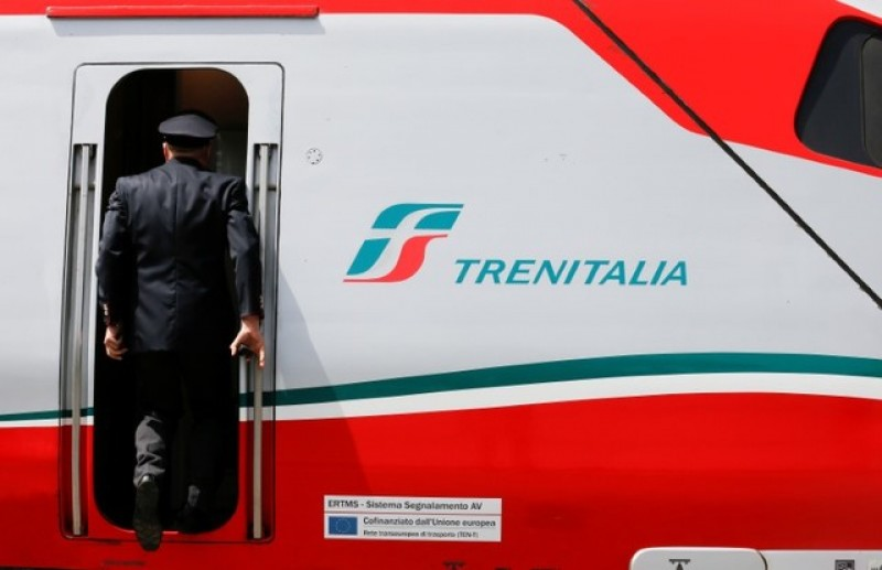 National Express exits UK rail with contract to Trenitalia