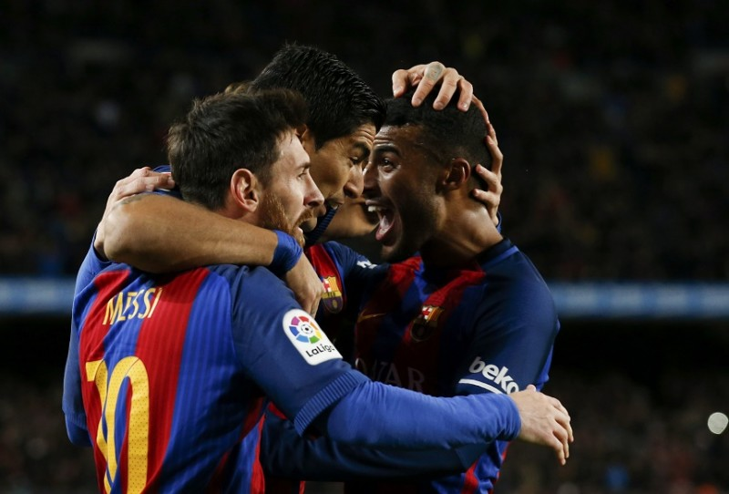 Messi free kick fires Barca into King's Cup last eight