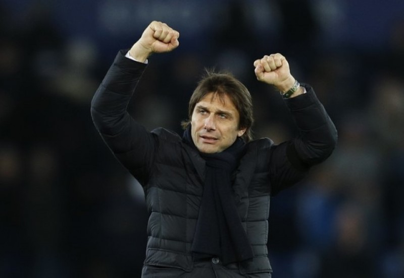 Chelsea's Conte not wary of poaching by Chinese clubs