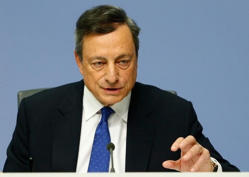 ECB maintains stimulus as growth picks up speed