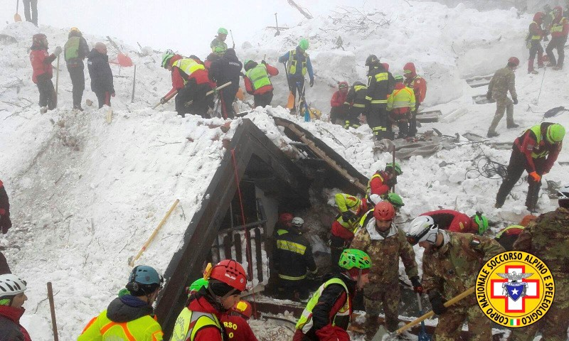 Twenty four still missing as dig continues in Italian avalanche hotel