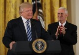 White House vows to fight media over Trump coverage
