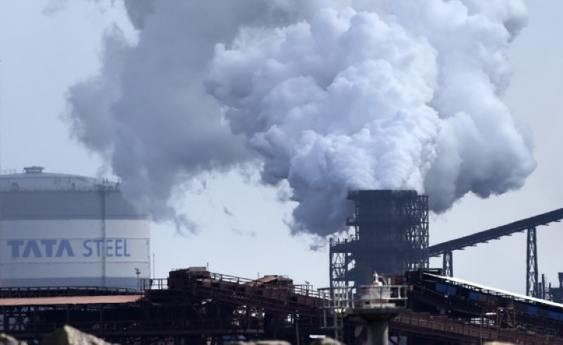 Struggling UK steel sector needs broad government support