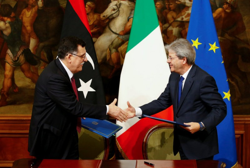 Italy and EU pledge finance for migrant camps in Libya