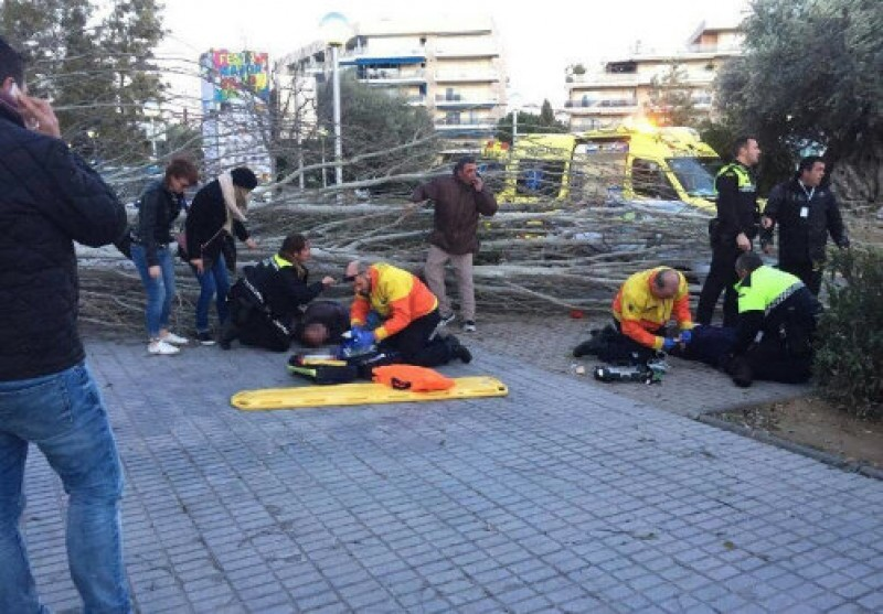 11 injured as gale force winds sweep across northern Spain