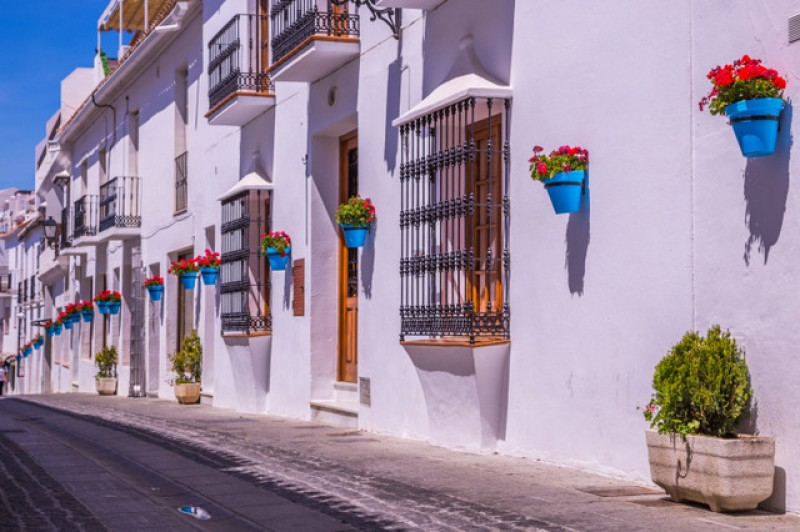 Tinsa report continuing Spanish property price recovery