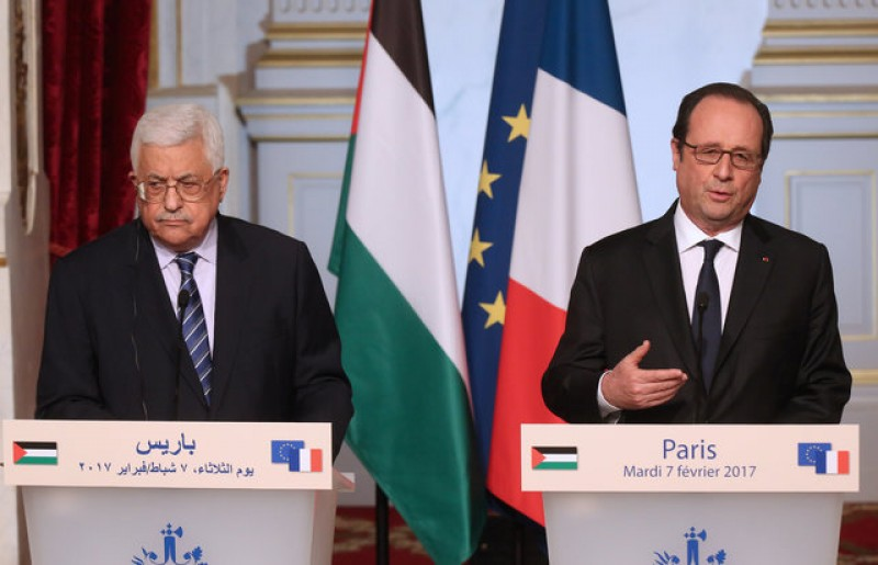 France's Hollande says ramp-up of Israeli settlements opens way to annexation