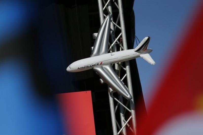 Air France pilots union sceptical about new low-cost plans